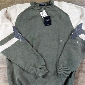 IZOD Sweater army green and white SMALL